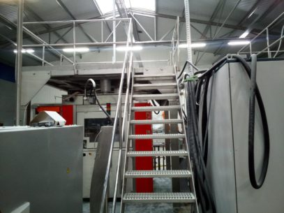 podest konstrukcje stalowe dla produkcji stanowisko pracy
