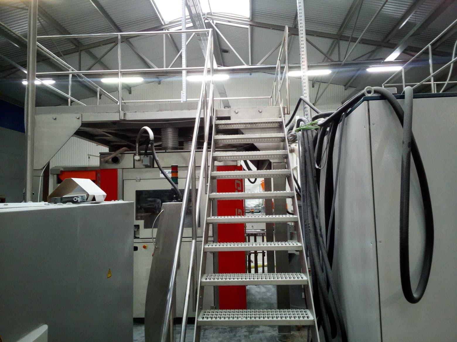 podest - konstrukcje stalowe dla produkcji stanowisko pracy